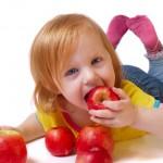 je kind kopieert eetgedrag